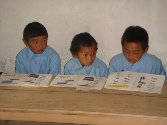 Sponsor a Tibetan child