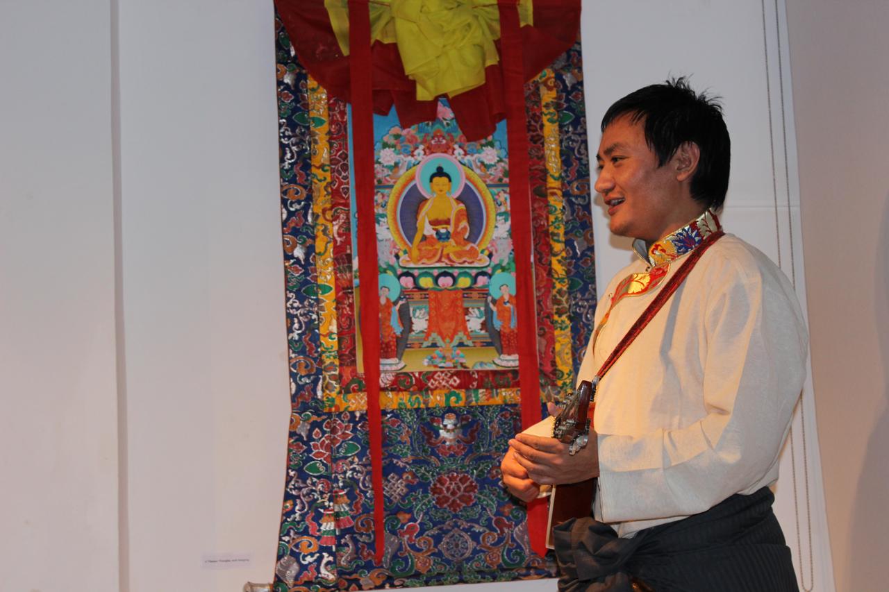 Traditional Tibetan music from Loduph