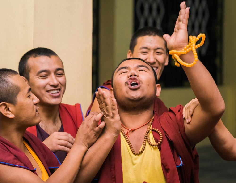 Tibet Relief Fund Summer Exhibition – Tashi Lhunpo Monks